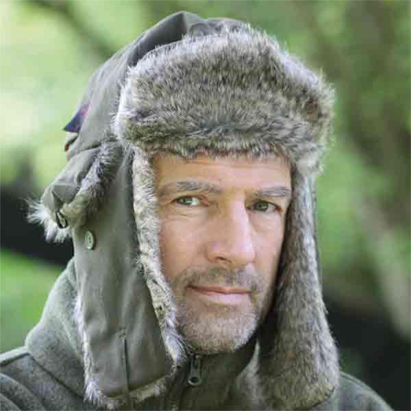 Kuschelig warme Pelzmütze für die kalte Jahreszeit